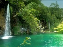 green lagoon falls