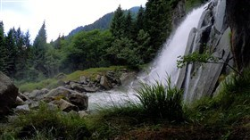 Special_Mountain_Waterfalls